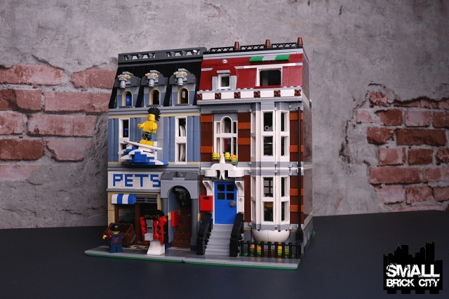 LEGO Pet Shop (10218) Modifications for a small Lego city